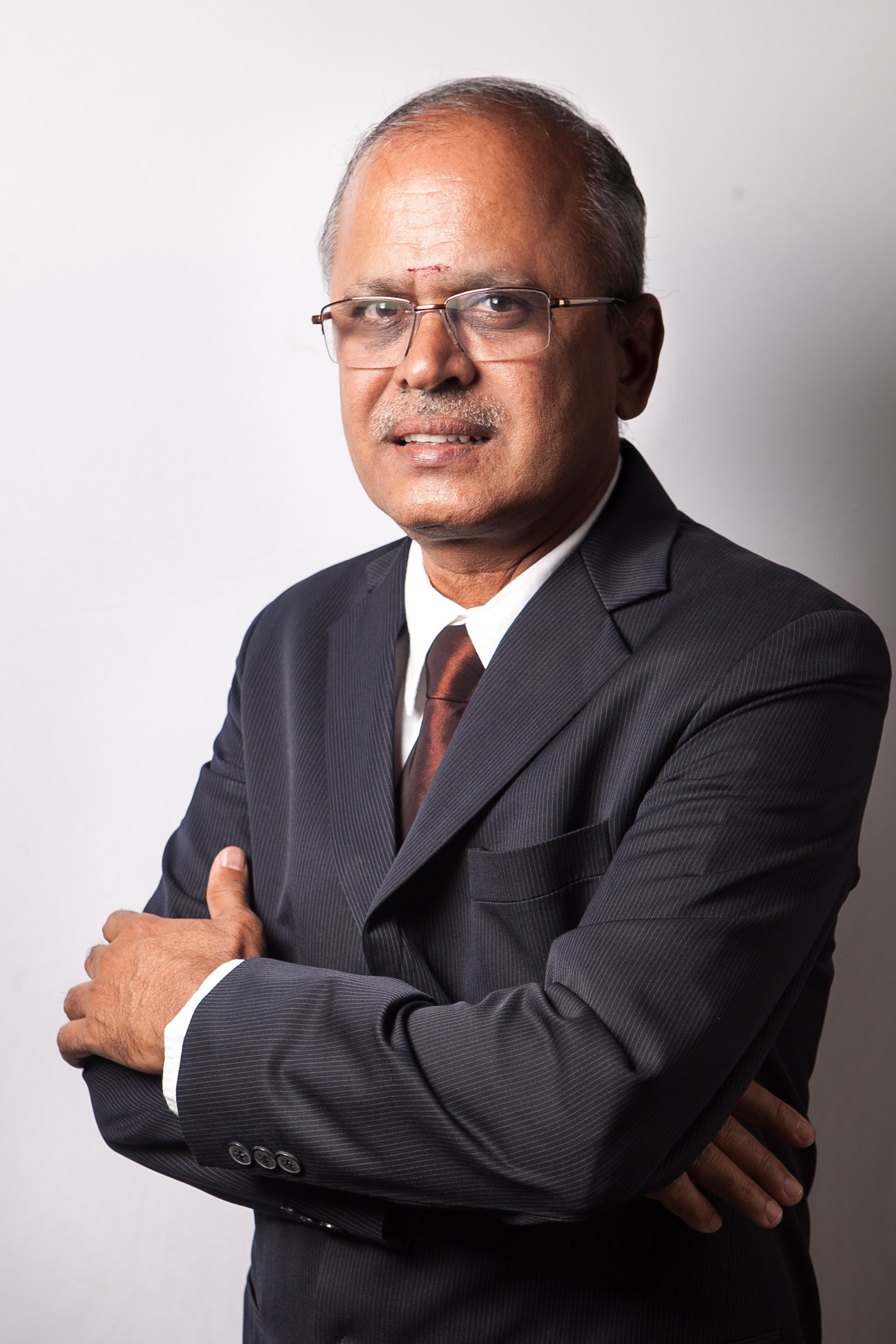 Dr V Shriran MD
